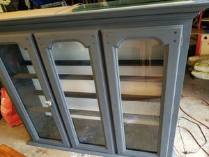 Free China Cabinet for Sale in Woodridge, IL