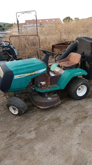 Briggs n Stratton riding lawn mower for Sale in Lake Elsinore, CA