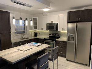 Kitchen cabinets for Sale in Fort Lauderdale, FL