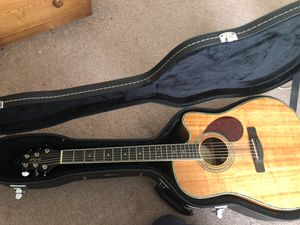 Samick Acoustic/Electric guitar with Gator hard case for Sale in Vancouver, WA