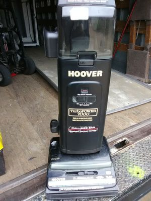 Hoover upright vacuum for Sale in Oceanside, CA