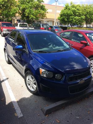 Selling my 2013 Chevy Sonic LT for Sale in Miami, FL