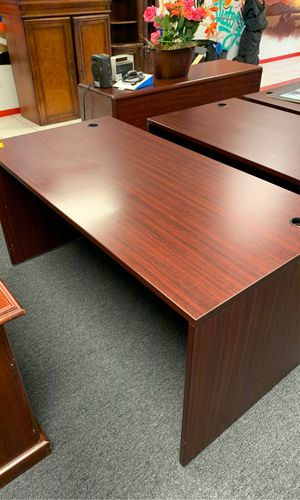 Executive desk for Sale in Fort Pierce, FL
