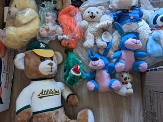 Stuffed Animals Bears, Looney Tunes, Dogs, Monkeys, and Many Others ..... for Sale in San Francisco,  CA