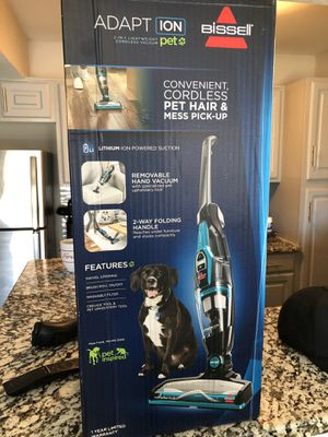 Bissell 2 in 1 Light Weight Cordless Vacuum for Sale in Fort Worth, TX