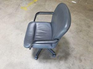 Grey Office Chair for Sale in Glen Burnie, MD