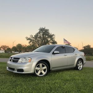 Dodge Avenger 2012 for Sale in Tampa, FL