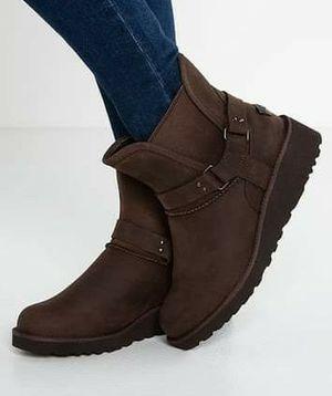 Women's Ugg booties leather Biker sheepskin size 9 for Sale in Denver, CO