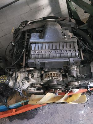 Ford f150 2004 5.4 3v low miles for Sale in Miami, FL