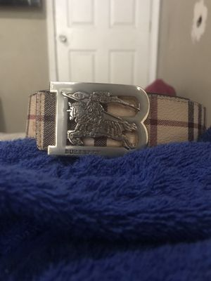 Burberry belt for Sale in Richardson, TX