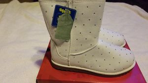 New youth girls shoes boots SONOMA sz 5 for Sale in Clovis, CA