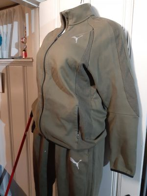 puma sweat suit for Sale in Baltimore, MD