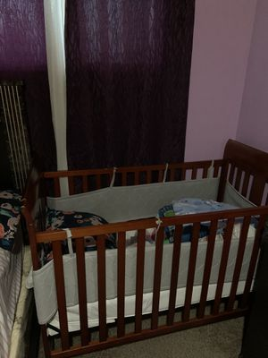 Baby crib and crib mattress for Sale in West Valley City, UT