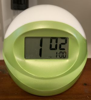 Working Digital Alarm Clock Ideal For Kids for Sale in Chapel Hill, NC