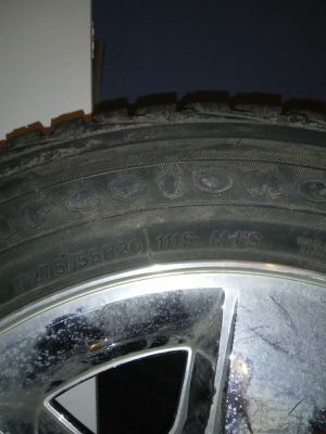 Tire Chevy for Sale in Independence, KS
