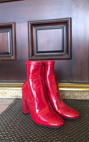 Red heel boots (SIZE 6) *Aldo* for Sale in Los Angeles, CA