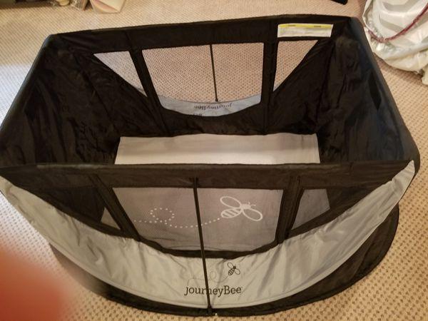 JourneyBee pack n play pop up bed