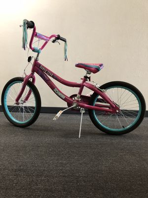 Schwinn Girl Bike, nearly perfect condition. for Sale in Salt Lake City, UT