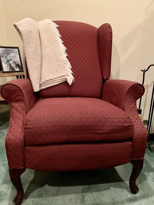 Wingback Recliner Chair for Sale in Irwindale, CA