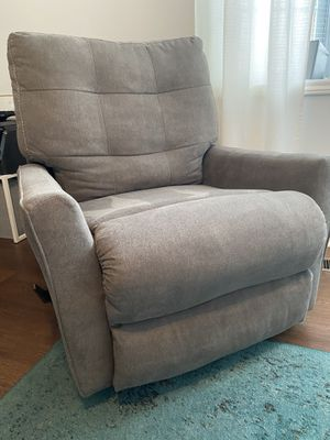 Rocking recliner for Sale in Winterville, NC