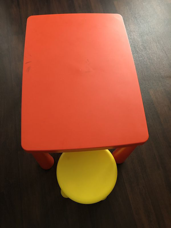 IKEA KIDS TABLE AND ONE CHAIR SET IN EXCELLENT CONDITION
