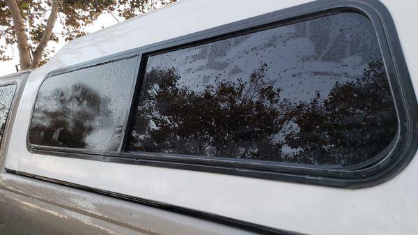 Camper snug top camper for Ford ranger 74x 59