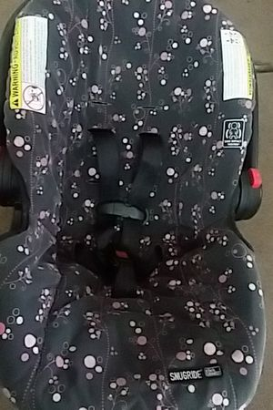 Graco infant car seat for Sale in Columbus, OH