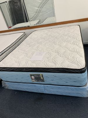 We have all sizes pillow top lava twin full queen and king mattress for Sale in Chicago, IL
