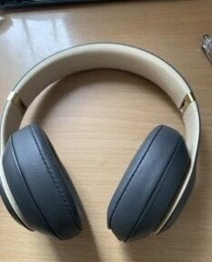 Beats studio 3rd generation headphone mode: Headphones category: whether ordinary headphones are wired: no plug diameter: 3.5mm headphones category: for Sale in Brooklyn, NY