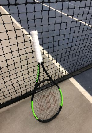 Wilson Tennis Racket (Blade 98) for Sale in River Forest, IL