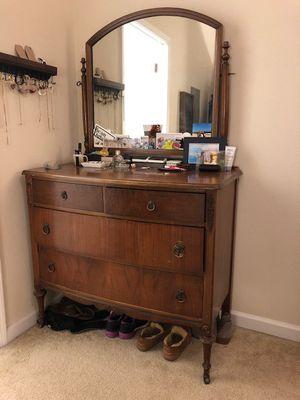 Antique Dresser for Sale in Alexandria, VA