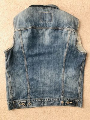 Levi Strauss short sleeves jeans jacket size S for Sale in Bowie, MD