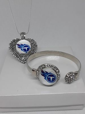 Tennessee Titans Bracelet and Necklace Set ( SHIPPING ONLY) for Sale in Jacksonville, FL