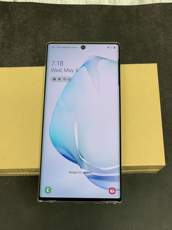 Samsung Galaxy Note 10 plus 256GB Unlocked for any carrier (worldwide) with complete Accessories