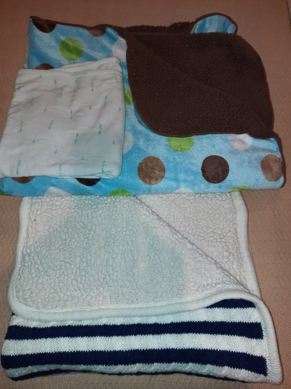Reversible Carters Baby Soft Blankets