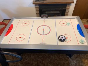 American legend air hockey table for Sale in Redmond, WA