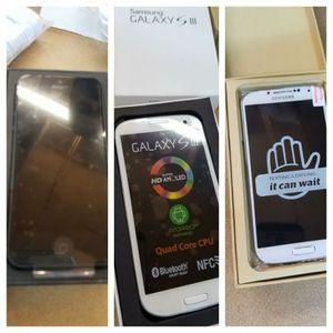Telefonos baratos y nuevitos de paquete for Sale in Houston, TX