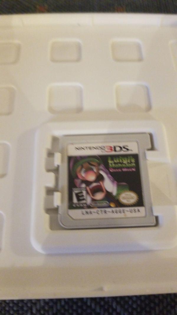 """NINTENDO 3DS games. """"Luigis mansion dark moon"""" and """"paper mario sticker star""""$40 each or best offer"""