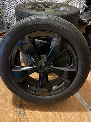 2019 Jeep Cherokee rims and tires for Sale in Lakeland, FL