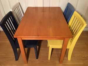 Pottery barn kids carolina table and four chairs for Sale in Tempe, AZ