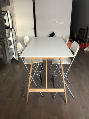 High top table and chair set for Sale in Washington, DC