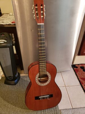 It Spanish acoustic guitar for Sale in Snohomish, WA