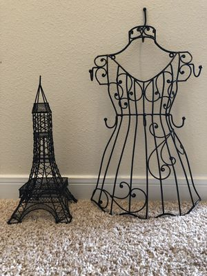 Paris Room Decor/ Necklace Holder for Sale in Gladstone, ND