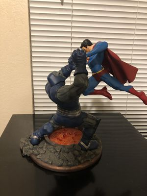 DC Collectibles Superman vs. Darkseid Statue (Second Edition) for Sale in Peoria, AZ