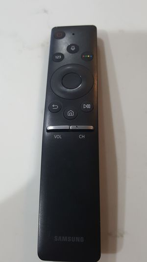 Oem samsung remote bn59-01266a for Sale in Streamwood, IL