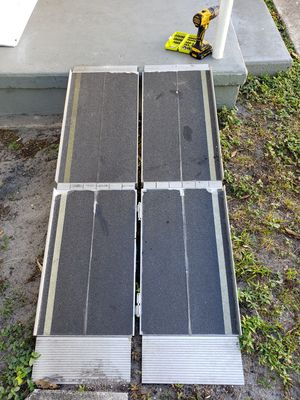 Ez access aluminum ramp foldable for Sale in Miami, FL