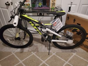 """Huffy Shimano equip, 26"""" mountain Bike, front and rear disk brake, front and rear shocks for Sale in Miami, FL"""