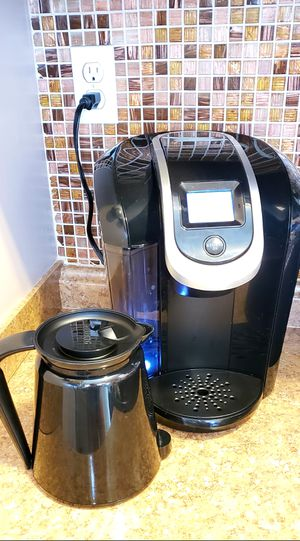 Keurig 2.0 with carafe & filter holder for Sale in Long Beach, CA