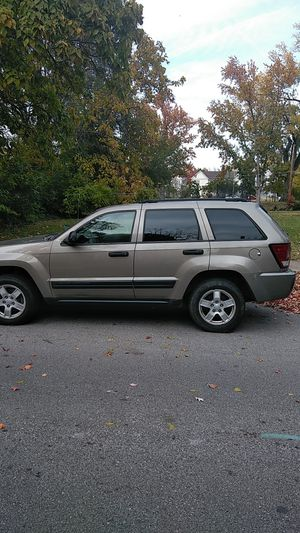 2005 jeep Cherokee parts truck for Sale in St. Louis, MO