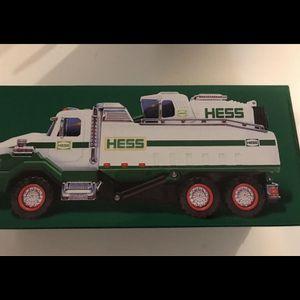 2017 Hess Dump Truck & Loader for Sale in Wallingford, CT